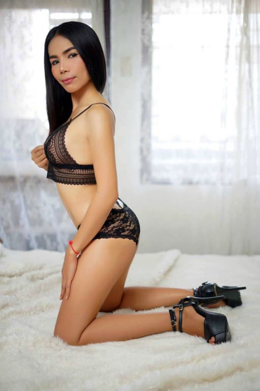 We provide tantric massage in Bangkok with full service and happy ending